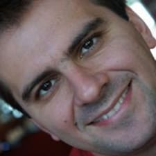 โพรไฟล์ผู้ใช้ Gustavo