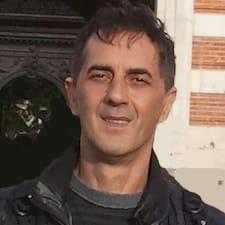 Jean Claude felhasználói profilja