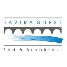 Tavira Guest - Bed & Breakfast è l'host.