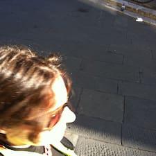 โพรไฟล์ผู้ใช้ Maria Francesca