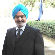 Retd Brigadier Raj — хозяин.