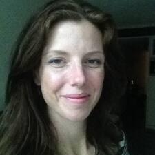 Kareena User Profile