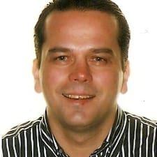 Profil utilisateur de Eleftherios Jerry