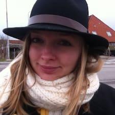 Georgine User Profile