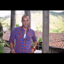 Alfredo Luis & Dobo Rooms User Profile
