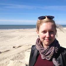Kirsten Langkjær est l'hôte.