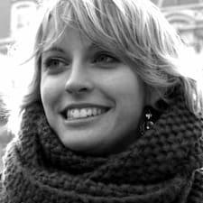 Profil Pengguna Adélaïde