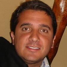 Profil Pengguna Vargas