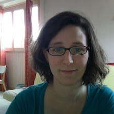 Profil korisnika Claire