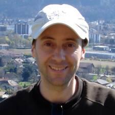 Nicolas Charlie User Profile