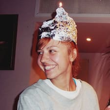 Nastya es un Superanfitrión