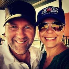 Mike & Carissa Brukerprofil