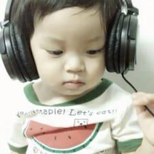 Oi Fong felhasználói profilja