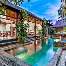 Villa Taksu Legian User Profile