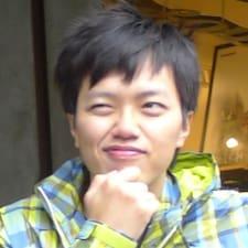 信(Yi - Jen) User Profile