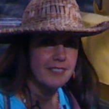 Maria Josefina — хозяин.