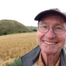 โพรไฟล์ผู้ใช้ Doug