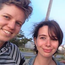 פרופיל משתמש של Kate (And Elena)