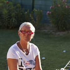 Marie-Christine es el anfitrión.