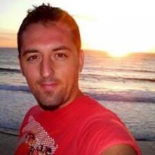 Víctor M. User Profile
