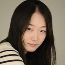 โพรไฟล์ผู้ใช้ Soo Jin