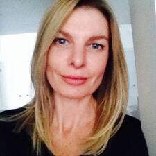 Christinne User Profile