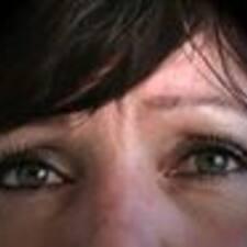 Profil Pengguna Lucienne