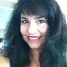 Profilo utente di Lora Ann