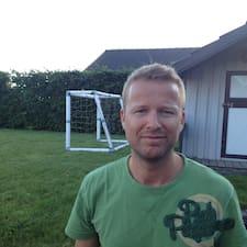 Martin Bjerring est l'hôte.