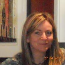 โพรไฟล์ผู้ใช้ Lindsay