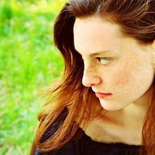 โพรไฟล์ผู้ใช้ Valeria- Daniele