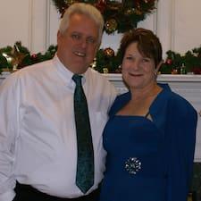 Mike & Cindy est l'hôte.
