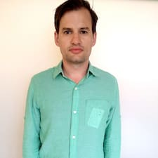 Lewis - Profil Użytkownika