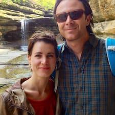 Profil korisnika Erin & Nicholas