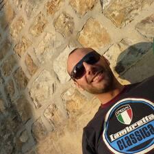 Nutzerprofil von Riccardo
