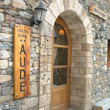 Hostal Aude User Profile