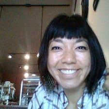 פרופיל משתמש של Akiko