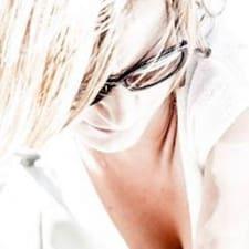 Yeliz User Profile