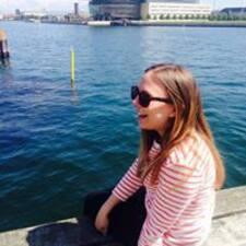 Nadia Zinck User Profile