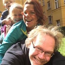 Jeroen, Esther, Anna, Lennart的用户个人资料