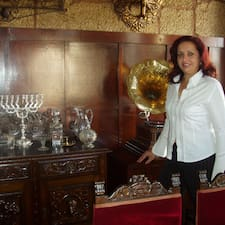 Maria Del Carmen es el anfitrión.