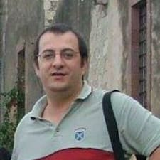 Piero Fabrizio — хозяин.