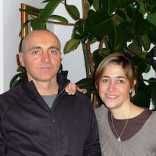 Susanna + Sandro är en Superhost.