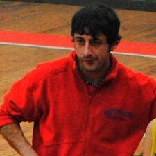 โพรไฟล์ผู้ใช้ Roberto