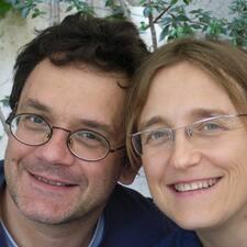 โพรไฟล์ผู้ใช้ Patrick Et Maria