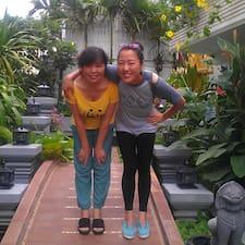 Xiaotang & Mom