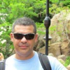 โพรไฟล์ผู้ใช้ Cristiano Gomes