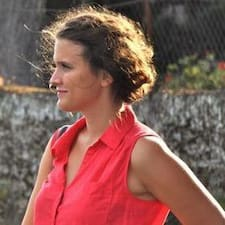 Marie-Stéphane es el anfitrión.