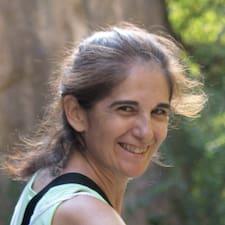 Maria Esperanza est l'hôte.