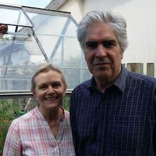 Mark & Sue è un Superhost.